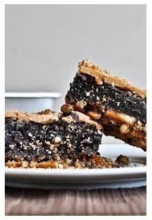 Free Fudge Pretzel Brownies recipe from Mountain View Country Market in Tennessee