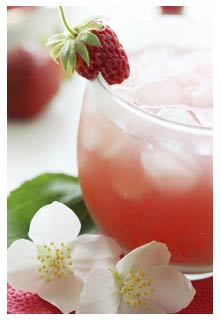 Free Strawberry Refresher recipe from Mountain View Country Market in Tennessee